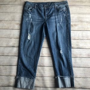 Apt. 9 Cropped distressed Jean with Destroyed Cuff